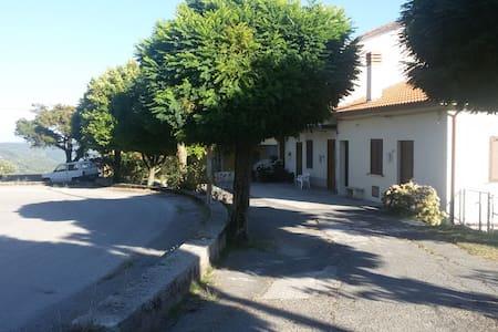 Villetta vicino Terme Lucane - Latronico