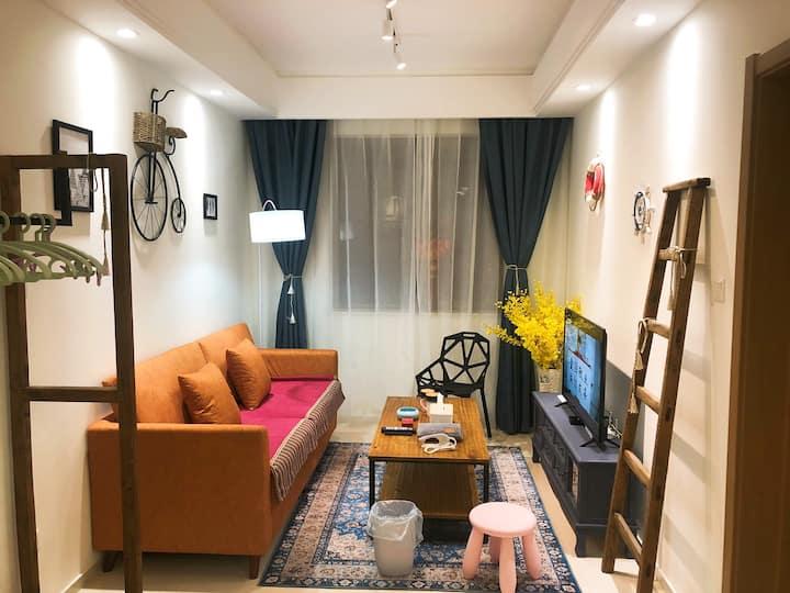 舒享蓝一室一厅独卫、无清洁费、中央空调、梅江、下瓦房、财经大学、科技大学、土城复兴门陈塘庄地铁站附近