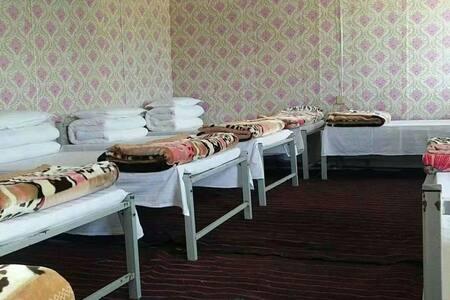 青海湖黑马河九妹家庭宾馆(8人间)床位房