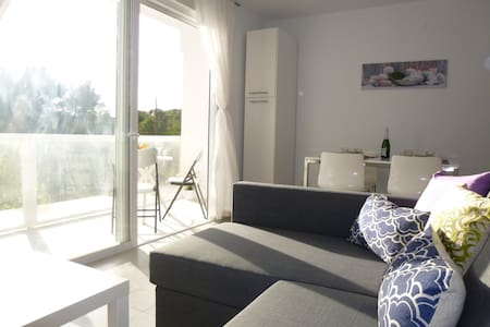 Fantastic Modern Flat next to the beach - Sant Antoni de Portmany - Lägenhet
