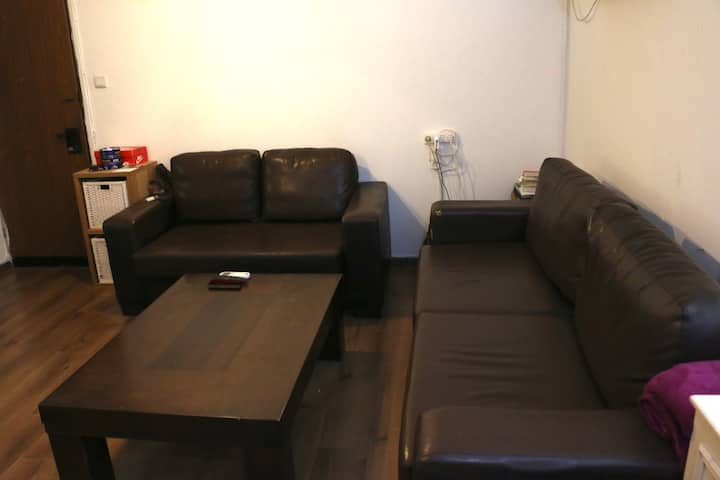 3 room apartment in northern Tel Aviv, quite area