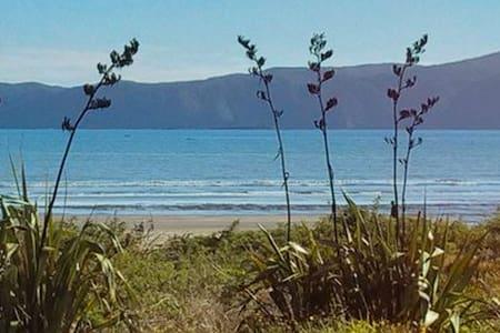 Paraparaumu Beach Hideaway - Paraparaumu - Apartmen