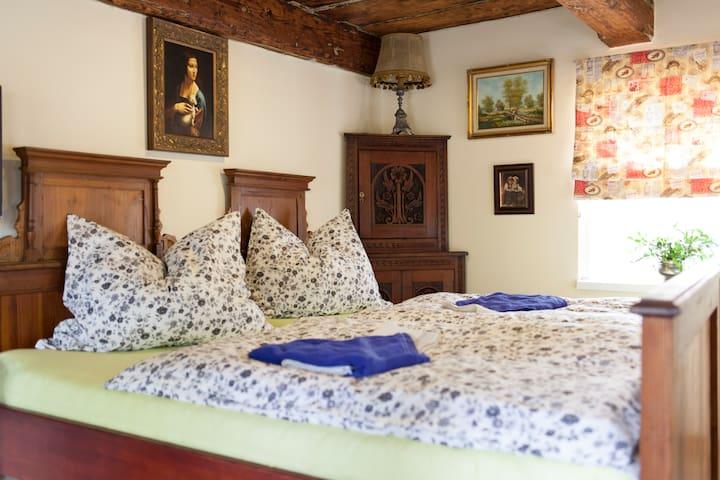 Penzion Nostalgie 1876 - LEONARDO - Chřibská - Bed & Breakfast