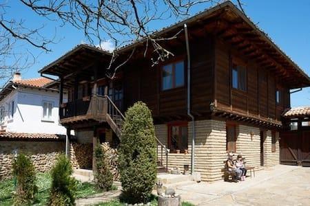 LOVELY MOUNTAIN HOUSE
