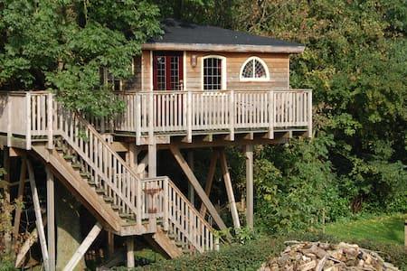 Treehouse Kraaiennest  Stilte plek!