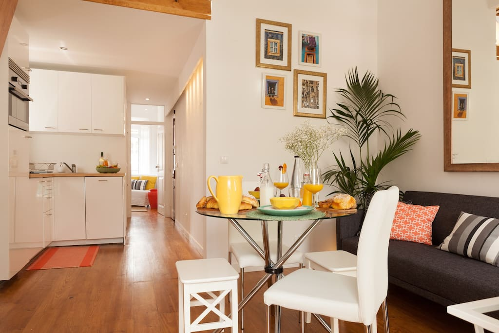 Enjoy our luminous living room