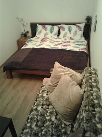 GÄSTEZIMMER Steyr central - pro Pers. 35,- €