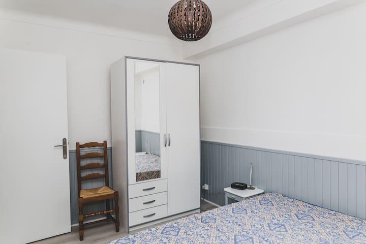 Chambre 2, 1 lit double