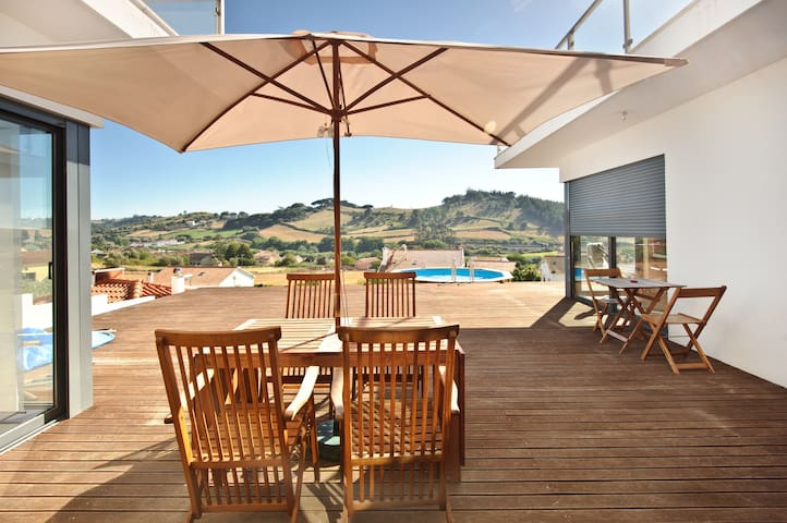 Love Oeste - Country/Beach House - Sapataria - Casa