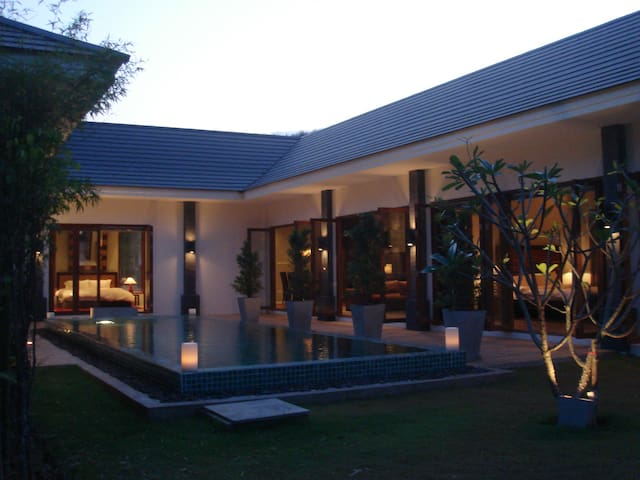 Thai/Balinese Beautiful 3 Bedroom Pool Villa