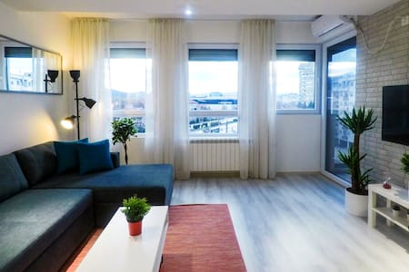 Smart TV✰Balcony✰Full Kitchen✰Long stay discount✰✰