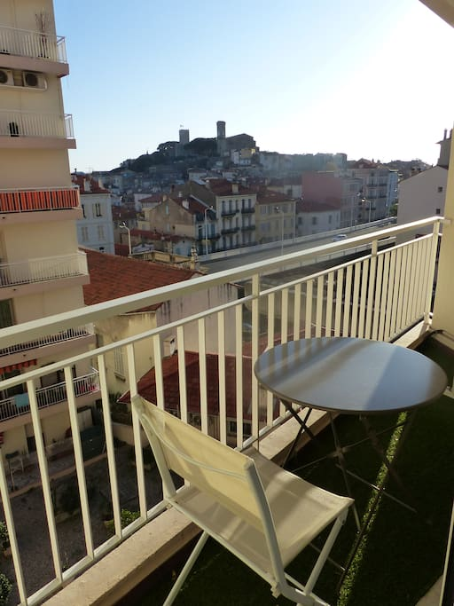Enjoy your morning coffee or end of the day glass of wine facing the beautiful hill of the Suquet, the old town of Cannes!