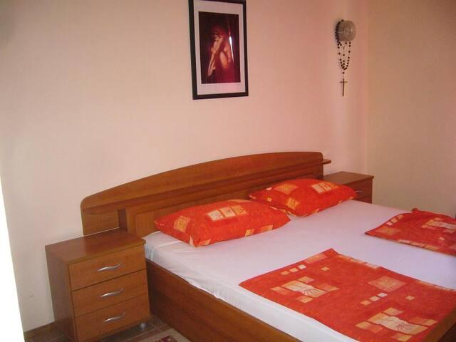 Apartment Campi Rab 1 for 6 - Kampor - Apartemen