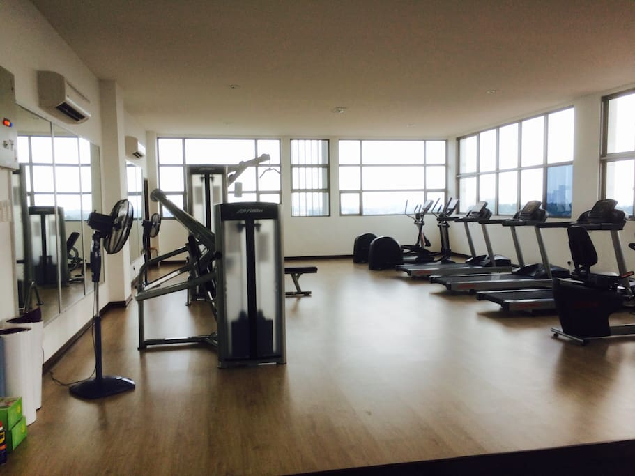 Gym facility at roof top