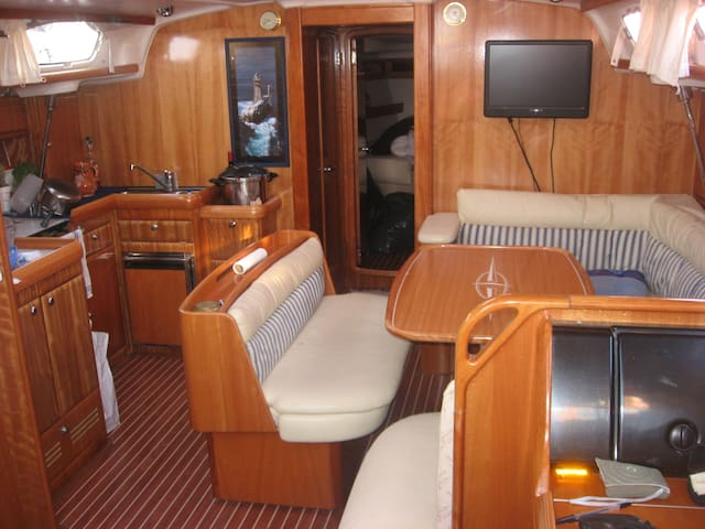 Séjour sur voilier de 14 mètre - Audierne - Bateau