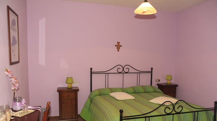 La Tua casa ad Assisi - assisi - Bed & Breakfast