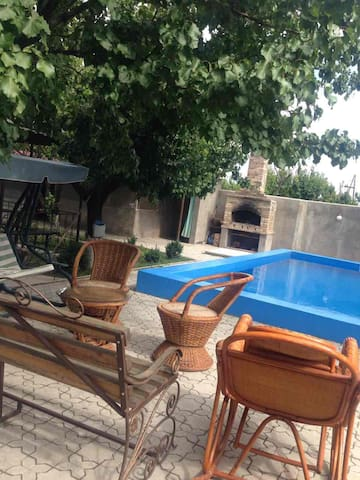 5 bedroom house in Kotayq 20km from Yerevan - Nor Hachn - Huis