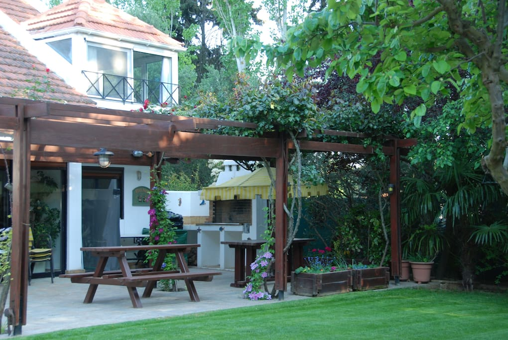 Bungalow With Swimming Pool Cabins For Rent In Acharnes Attica Greece