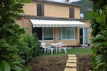 La Maiouneta, Maison de Vacances - Entrevaux