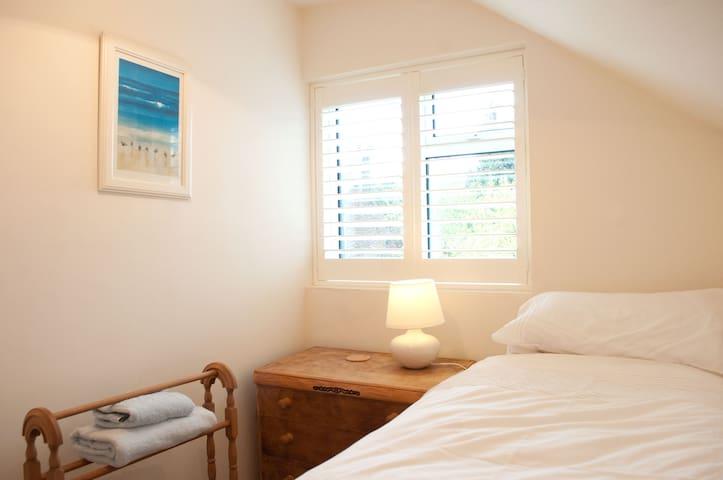 Single bedroom with fabulous views across Dorset