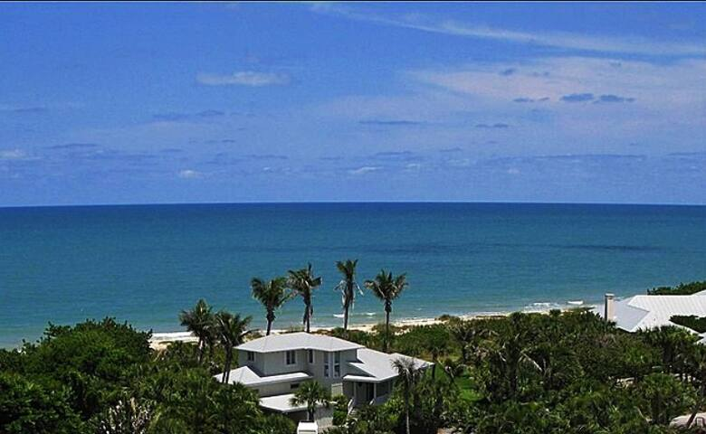 Incredible Oceanfront 5 BR/3 BA - Vero Beach - Hus