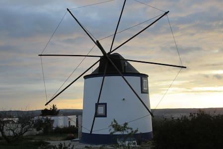 Moulin | Moinho de sonho | Windmill - Usseira - Óbidos - Villa