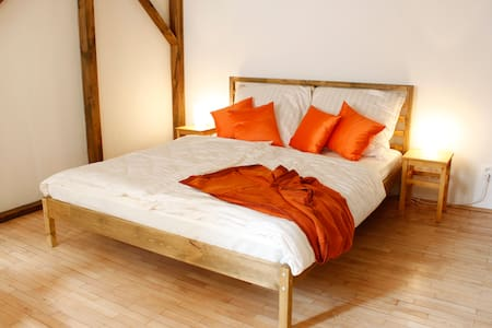 Cozy & Central apartment + free WiFi to Go - Prag
