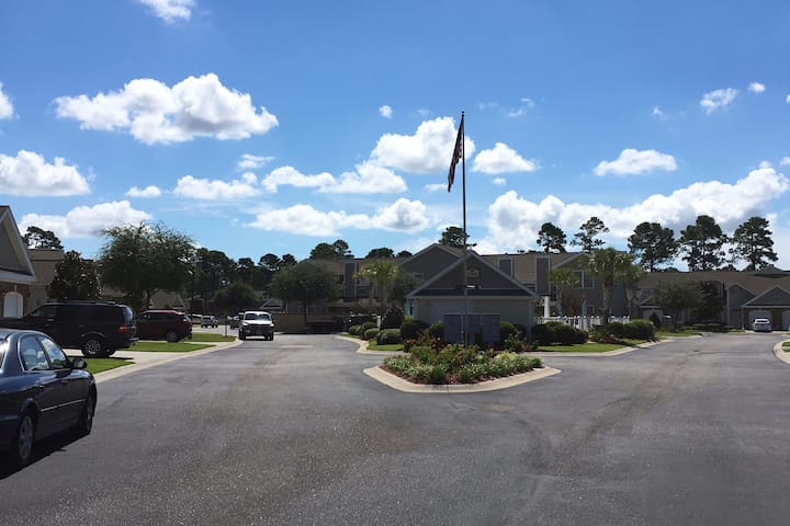 Tranquil Conway/Myrtle Beach Townhome - Conway - Townhouse