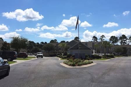 Tranquil Conway/Myrtle Beach Townhome - 康威(Conway) - 连栋住宅