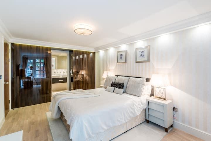 New 5* Luxury Flat by Big Ben & Buckingham Palace