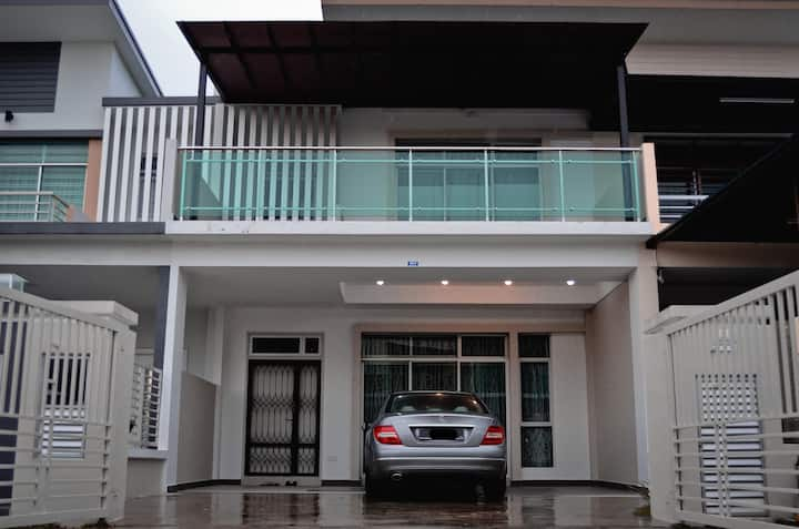Near JPO, Spacious and kids friendly home