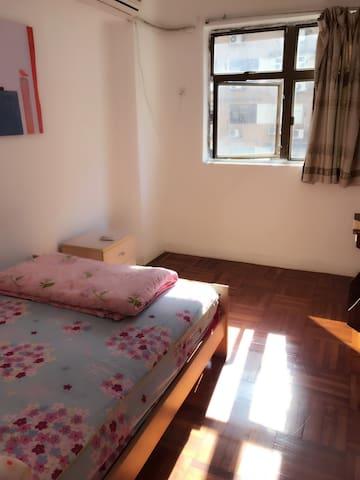 温暖小鸟巢 Nice、clean room with air-cond