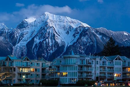 Condo in beautiful Harrison Hot Springs, B.C. - Harrison Hot Springs