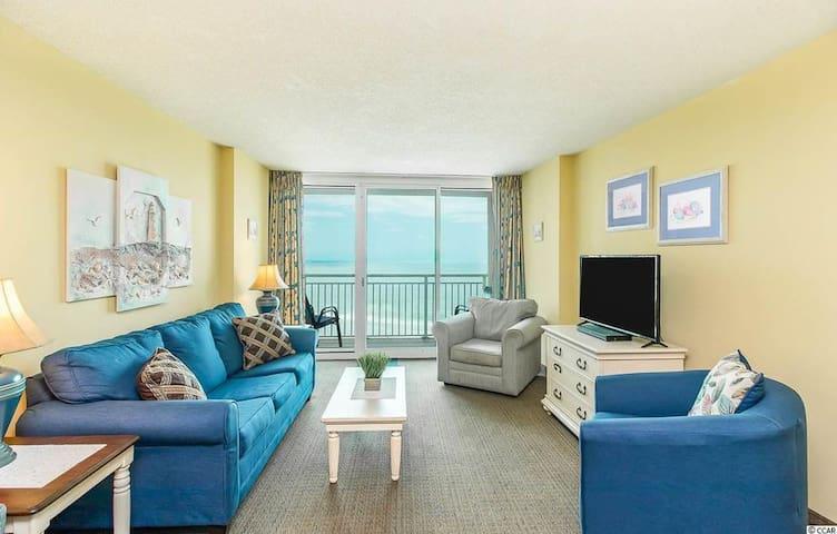 1022 Avista  ... Beach Resort ..  Great Amenities