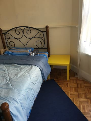 Awesome Adorable one bedroom in Center Boston.