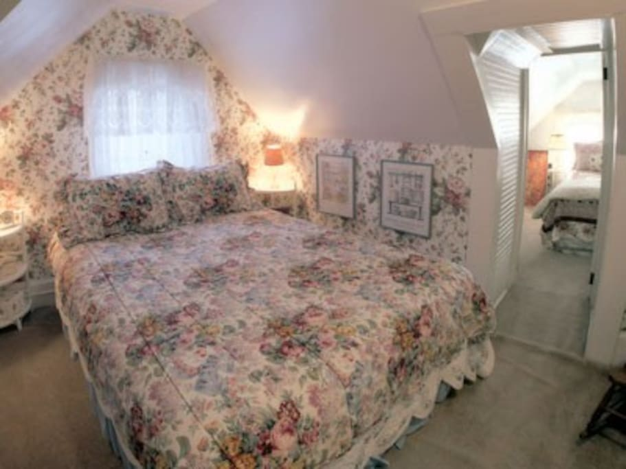 Queen size beds in both Suite bedrooms