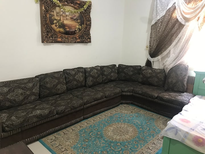 Karim's private room in jeddah center