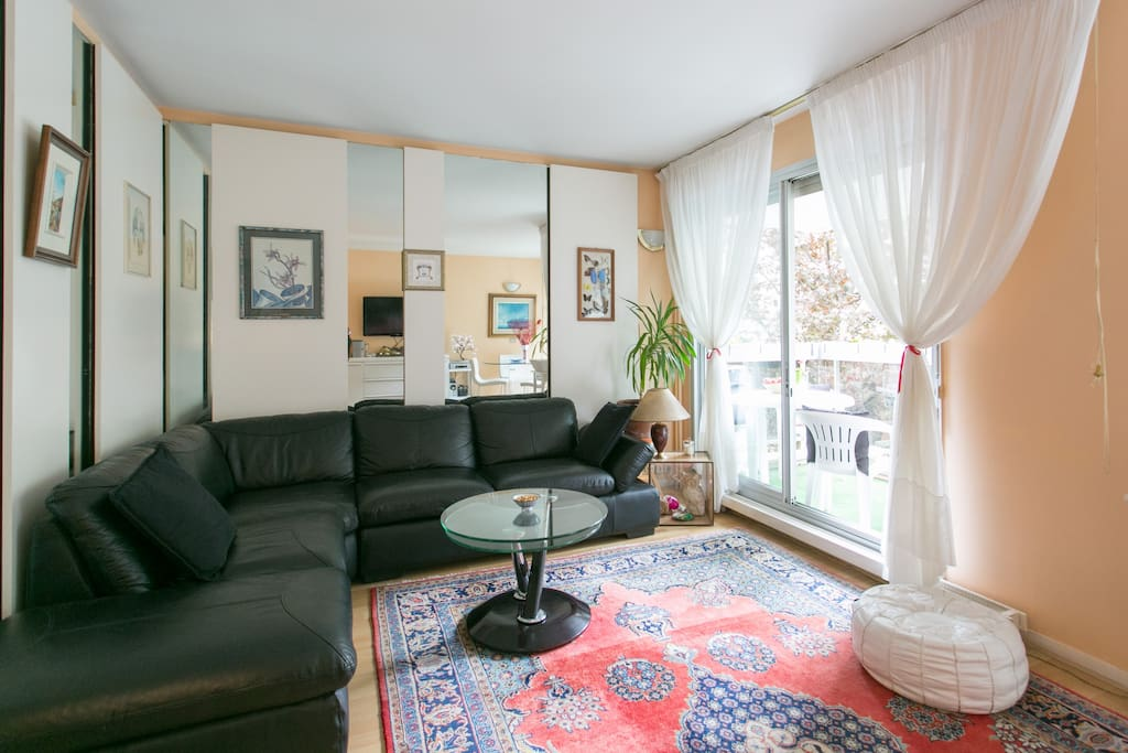 Le Séjour, Living Room