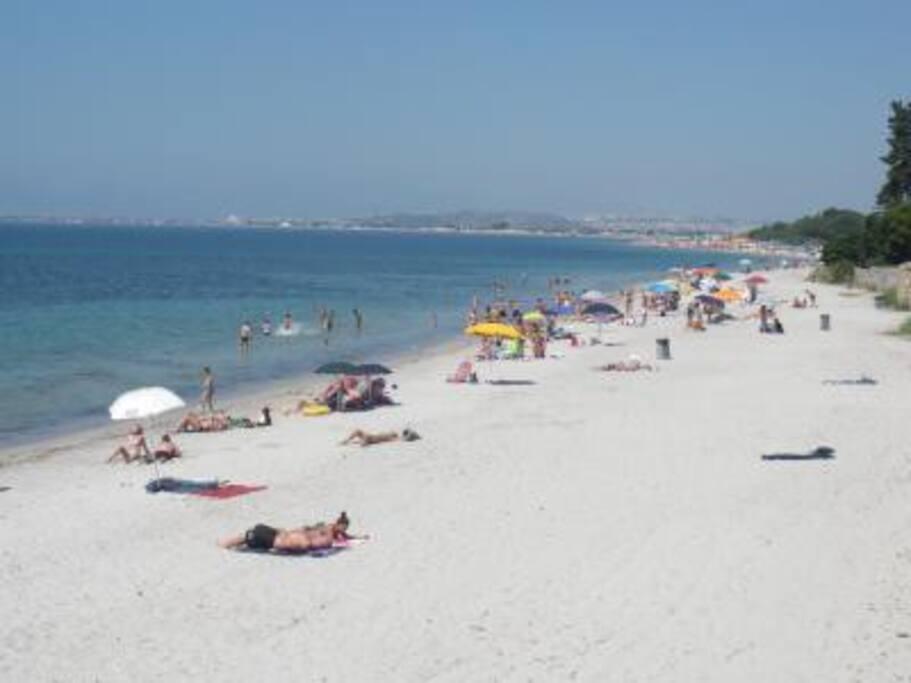 spiaggia a 1000 metri dalla casa