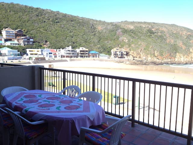 Herolds Bay Accommodation - Beach Road Flat - Herolds Bay - Appartement