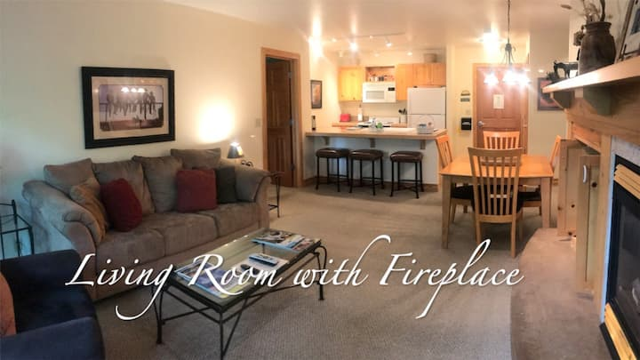 Secluded, Quiet Two-Bed Condo on Teton Creek