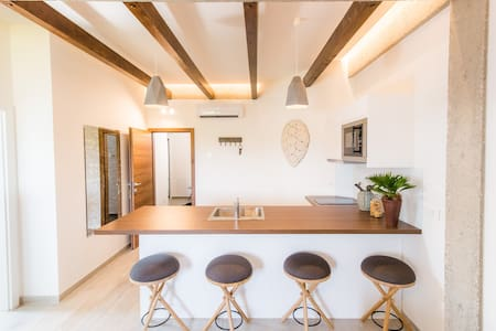 TARA GARDEN B&B - Deluxe apartment with  view