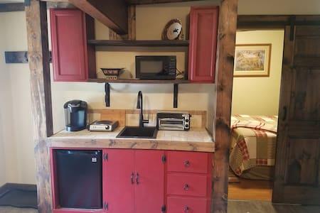 "Three Forks Saddlery's ""Cowboy Cabin"""