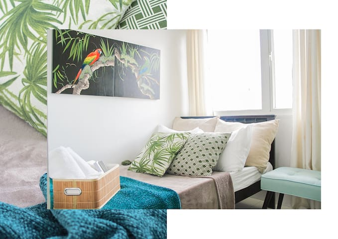 1Bedroom Nature Paradise in Historic Manila 30mbps