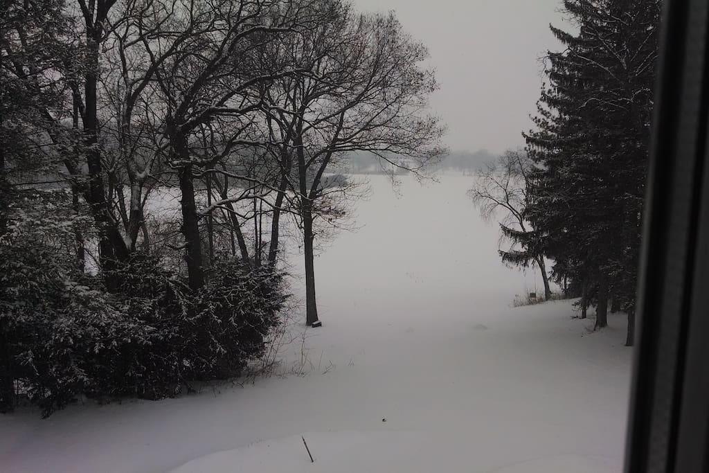 Winter scene down to the lake