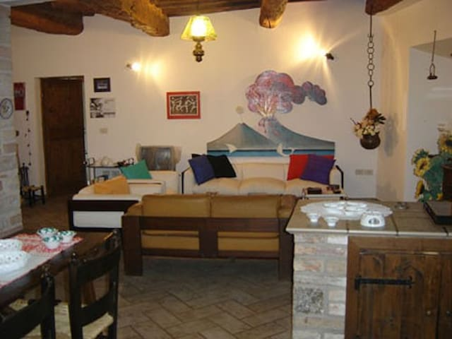 Todi  (pg) Umbria centro storico - Todi - Villa