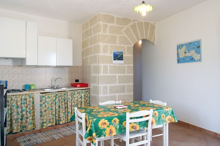 Holiday Home on Favignana Island - Favignana - Casa
