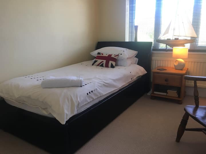 Lrg Single Room - Chichester/Bognor Regis/Fontwell
