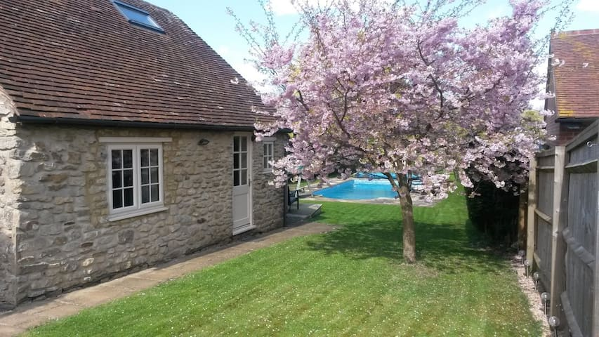 Come and stay at Blossom Cottage. - Wheatley, Oxford - Casa