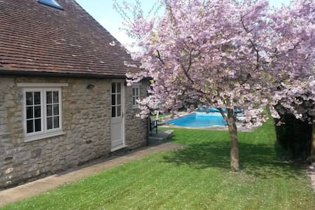 Come and stay at Blossom Cottage. - Wheatley, Oxford - 独立屋